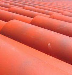 Dachówka czy blachodachówka? Które pokrycie dachowe lepsze?