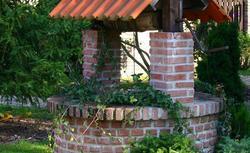 Ścieżka ogrodowa, murek, grill... Zobacz, do czego jeszcze w Twoim ogrodzie przyda się klinkier