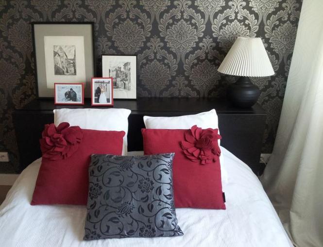 Metamorfozy wnętrz - sypialnia z tapetą