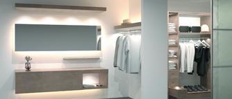 Drzwi przesuwne - sposób na stworzenie funkcjonalnej i wygodnej w użytkowaniu garderoby