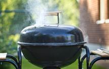 Jaki grill ogrodowy kupić? Najnowsze trendy w grillowaniu