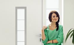 Drzwi wejściowe zaprojektowane specjalnie dla Twojego domu? Dobierz odpowiednią kolorystykę i wielkość