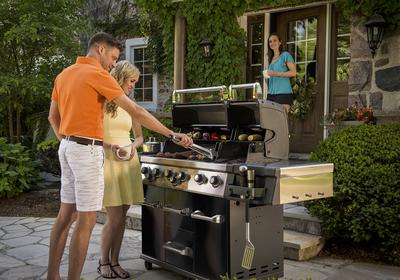 Jaki grill gazowy kupić? 5 pytań, które należy zadać przy wyborze grilla gazowego