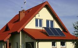 Jak solarne ogrzewanie wody wygląda w praktyce