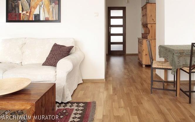 Podłoga drewniana: olejowana czy lakierowana?