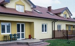 Uciążliwy remont domu sąsiada. Kiedy sąsiad narusza prawo? Sposoby na uciążliwego sąsiada